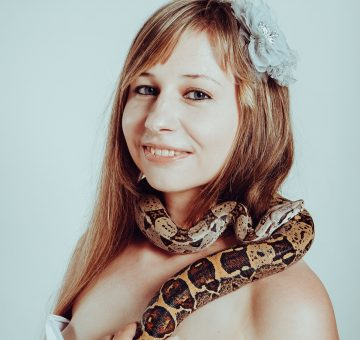 Shocking: 10 Celebs who posed with Huge snakes!